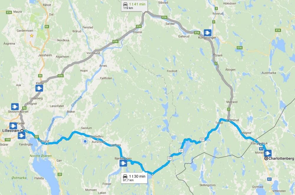 Veien om Bjørkelangen er både kortere og raskere. Kartutsnitt er hentet fra Google Maps